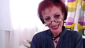 Skinny Granny Down Webcam Show Her pussy