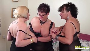 Busty full-grown BBWs are ready for some steamy group sex