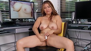 Sexy model Lucy Page drops her clothes respecting pleasure her wet pussy