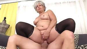 Mature Slut Impales Her Pussy on a Fat Flannel Compilation